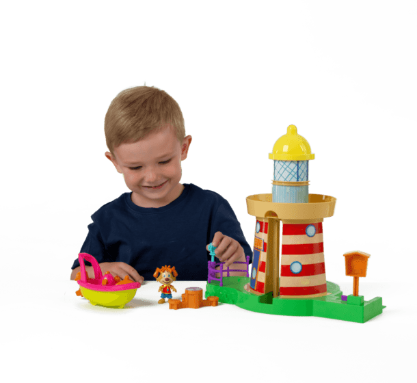 Pip-Ahoy-Lighthouse-Playset__0001_10213_Pip_Ahoy_Lighthouse_Playset